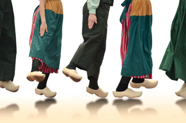 http://regmedia.co.uk/2015/01/05/shutterstock_dutch_clog_dancers.jpg?x=648&y=429&crop=1
