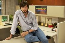 http://www.neowin.net/images/uploaded/2_1_000017.17055.jobs_still1_ashtonkutcher__byglenwilson_2012-11-23_04-41-03pmdddd.jpg