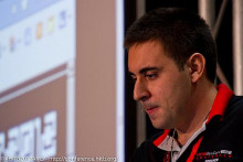http://photos.hackinthebox.org/index.php/2012-AMS-KUL/HITB2012AMS/CONFERENCE-DAY-1-AND-DAY-2/_MG_3637