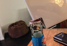 http://i0.wp.com/cdn.bgr.com/2015/11/bottle-cap-life-hack-macbook.jpg?w=625