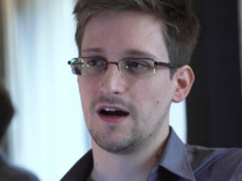 http://static5.businessinsider.com/image/51b4ccf469bedd8715000000-1818-1363-390-/edward-snowden.png