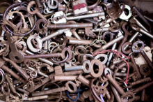 http://regmedia.co.uk/2014/10/28/keys_encryption_cryptography_crypto.png?x=648&y=429&crop=1