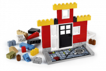 http://images.techhive.com/images/article/2014/06/lego_fusion_town_master_facade-100313678-primary.idge.png