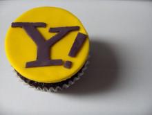 https://cdn.arstechnica.net/wp-content/uploads/2016/02/yahoo.cupcake.jpg