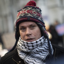 https://e3.365dm.com/17/11/2048x1152/skynews-lauri-love-appeal-hearing_4170596.jpg?bypass-service-worker&20171130150931